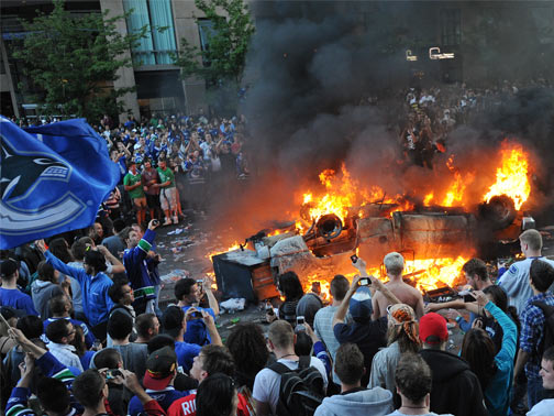 vancouver riots As soon as a police task force was created to punish the vancouver looters and rioters, photos and videos have poured in, people have turned themselves in, and angry.